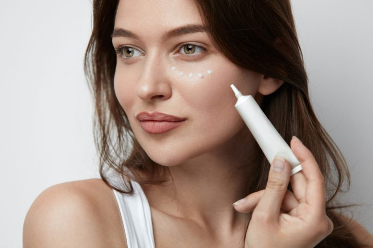 How To Use Under Eye Creams Effectively